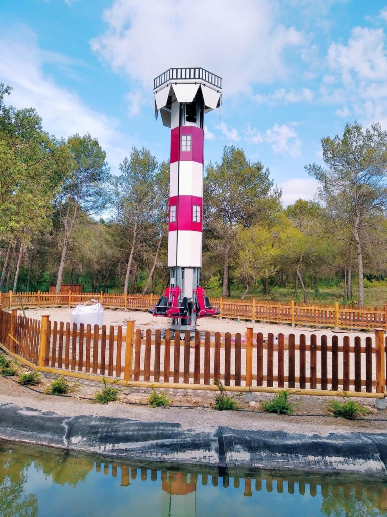 Tower Sunkid installée au parc Village des Automates